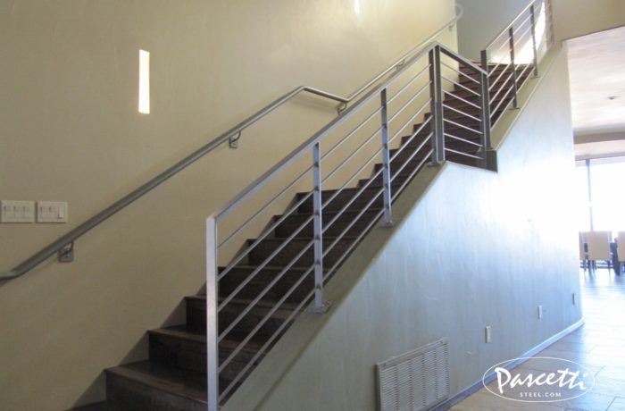 Sleek Steel Stair Railings. «