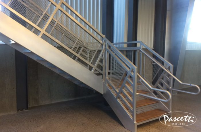Wagon Self Storage Stair. «