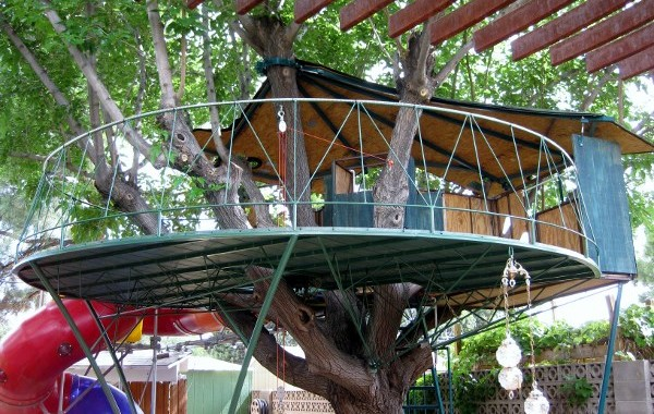 Steel Residential Tree-house
